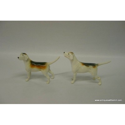 Beswick Pair of Hunt Hounds